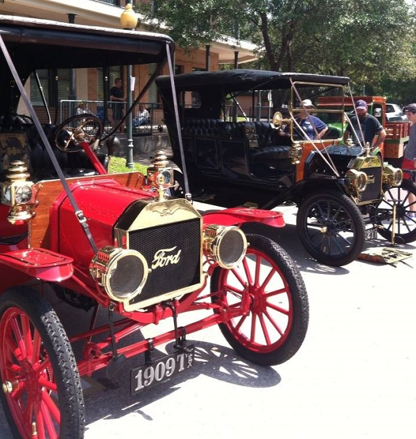 "1909 & 1912 Ford Model T's. ""Here's a photo from a recent car show that shows the two TEX plates you've made for me. They are top quality and folks always notice them and ask questions. Great job. I will be sending along the plate order for the 1911 Sears soon."" -- Mike & Jennifer Hanson"