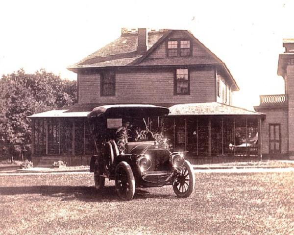 1912PopeHartfordoldsepia