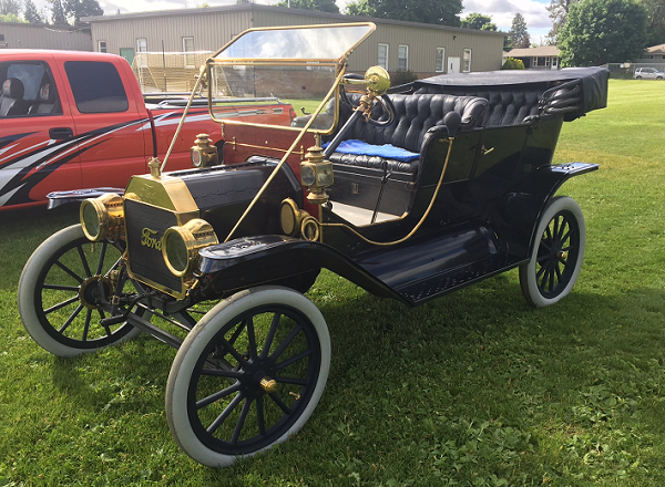 1911 Ford Model T. -- Don Poffenroth